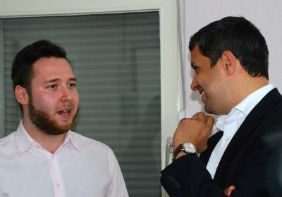 Raed Saleh im Gespräch mit Mike Delberg, Leiter des Jüdischen Studentenzentrums in Berlin