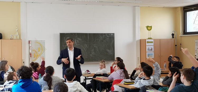 """""""Bildungspolitik ist und bleibt Schwerpunkt meiner politischen Arbeit!"""""""