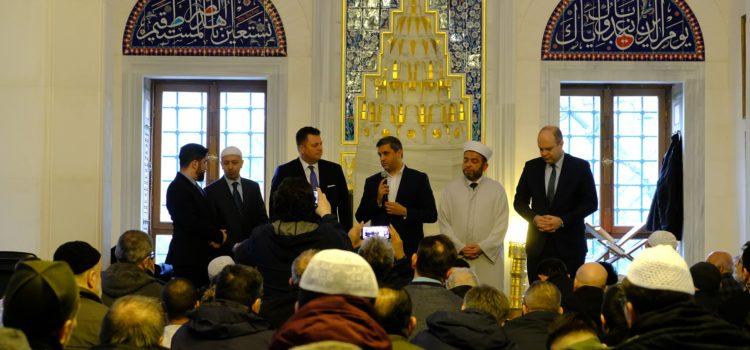 Zu Besuch in der Sehitlik Moschee